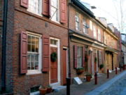 Elfreth_Alley_Philadelphia2
